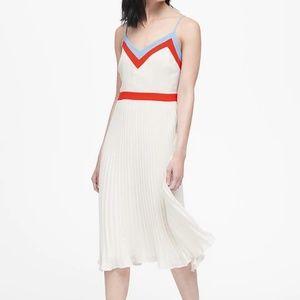 Banana Republic Colour Block Pleated Dress
